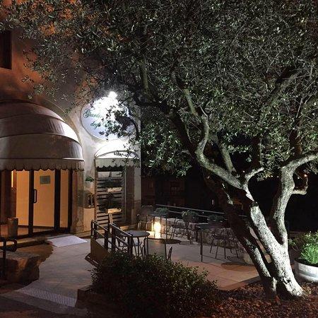 giardino degli ulivi monteviale restaurant reviews