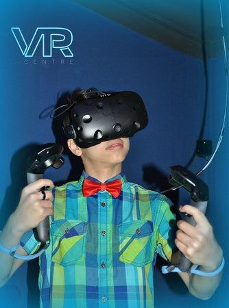 Виртуальные игры с эффектом полного погружения!!