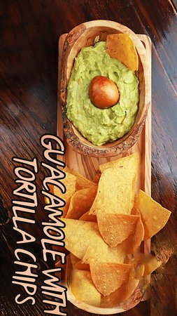 El Toro Loco Churrascaria Westchester: GUACAMOLE WITH TORTILLA CHIPS