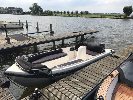 East Frisia, Германия: Bootsverleih Ostfriesland, Bootsvermietung,  In 26624 Südbrookmerland Am Großen Meer in Ostfriesland