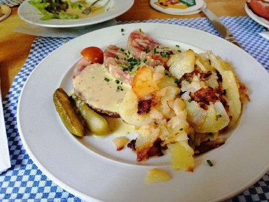 Hausbrauerei Feierling: Ottimo pranzo. In 8 pagato 105euro. Birra molto buona. Peccato solo non molto fredda. Per questo 4s