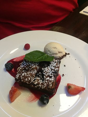 This is the Chocolate and Berry Brownie Brownie (also gluten free) Amy and I shared this and the Pavlova.