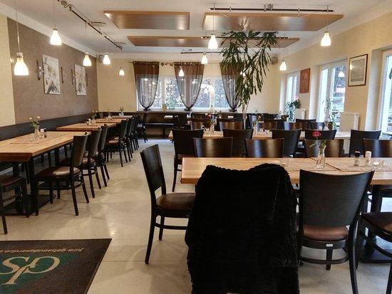 Sportgaststätte TSV Wolfstein: Restaurant innen