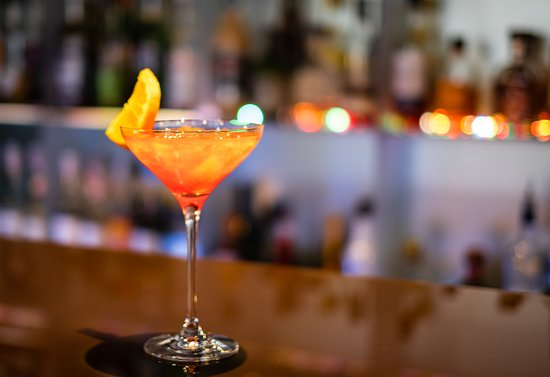 Champs Elysees Plaza Hotel: Bar