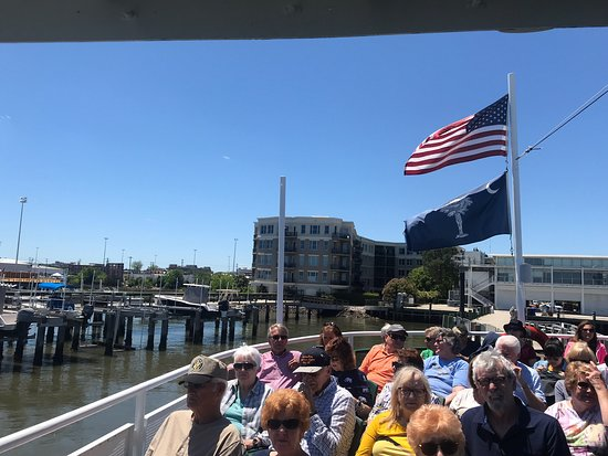 Ảnh về Charleston Harbor History Day-Time or Sunset Boat Cruise