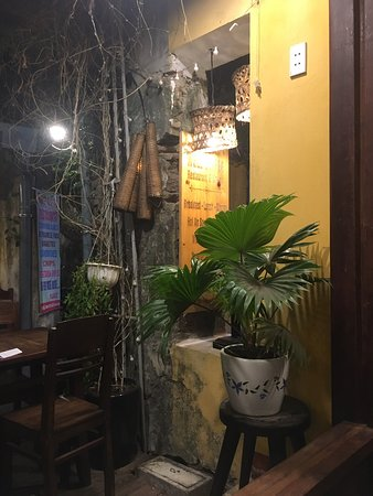 Wir haben am letzten Abend das Well Café in Hoi An entdeckt und waren begeistert.