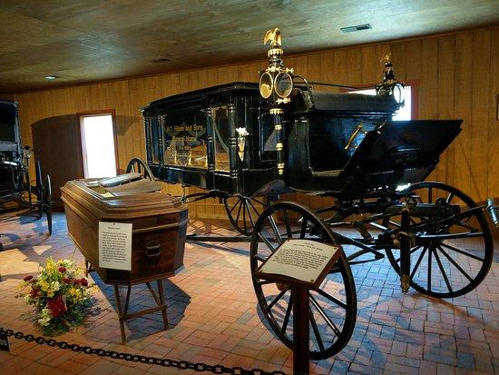 Robert Thomas Carriage Museum and Schwartz Tavern