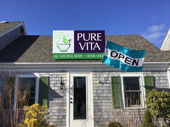Eastham, MA: Pure Vita Modern Apothecary Studio Essential Oil Bar & CBD Boutique