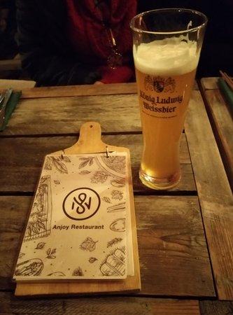 Restaurant Ănjoy: Carta y cerveza 