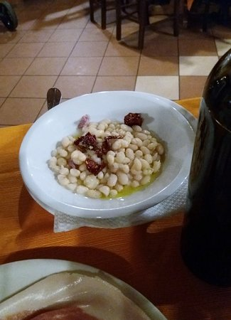Fagioli con peperone crusco