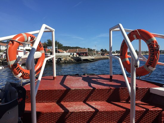 Arendal, Norge: The first stop, for a few minutes, before heading to Merdø.