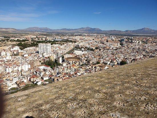 Alicante Private Walking Tour: View from Santa Barbara Castle