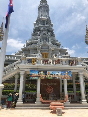 One of the entrances to the newest temple