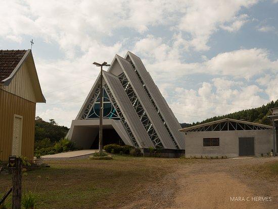 Capela Nossa Senhora Aparecida.