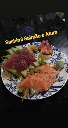 Ipiau: Sashimi atum e salmão
