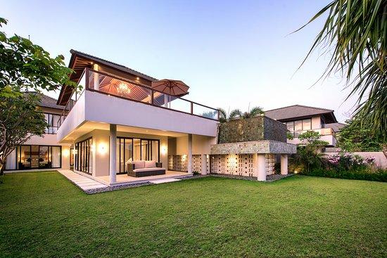 Entrance - Picture of Karang Saujana Villas Estate, Kutuh - Tripadvisor