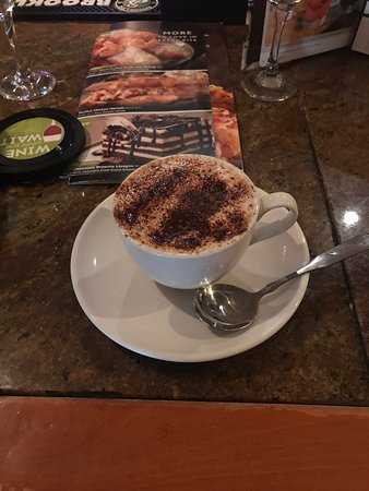 Came here for Easter Sunday and the wait was an hour so I decided to order this beautiful and yummy cappuccino while I got seated.. very nice and ample place this is definitely recommend..