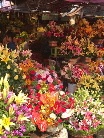 Fresh flowers at the Central Market, Phnom Penh.