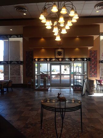 Lobby of the Amerstone Inn.
