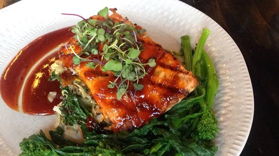 Mint 29: Korean Glazed BBQ Salmon Bay of Fundy Salmon Smothered with Oven Glazed Korean BBQ, Served with Power Blend Quinoa and broccoli rabe.