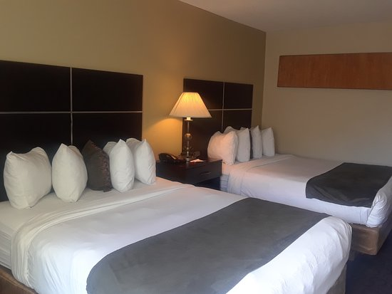 Comfortable traditional guest rooms.