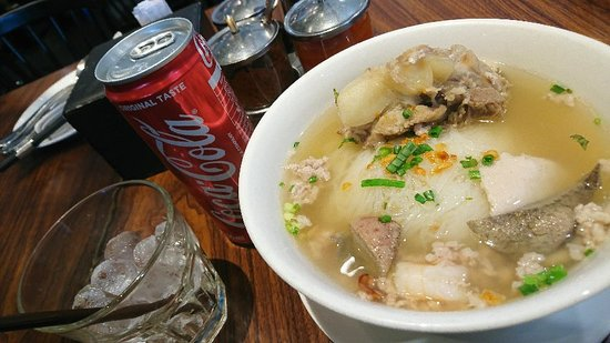 カンボジア料理レストラン