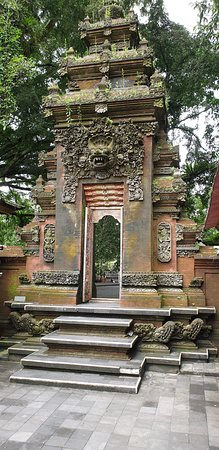 Best of Ubud Tour with Jungle Swing: Tirta Empul Water Temple.