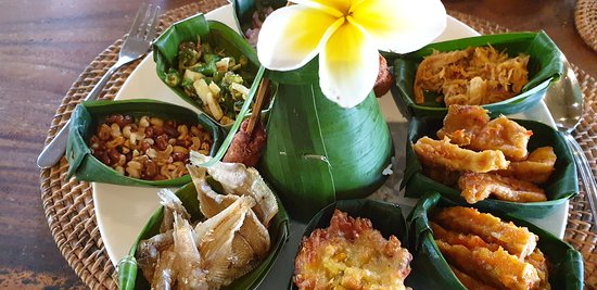 Best of Ubud Tour with Jungle Swing: Lunch. (included in price)