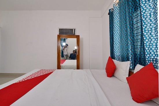 Window View - Picture of OYO 13600 Newcastle Inn, Kolkata (Calcutta) - Tripadvisor