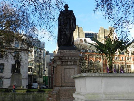 Benjamin Disraeli Statue