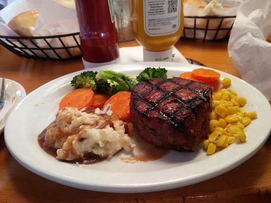 My combined plate of yummy steak