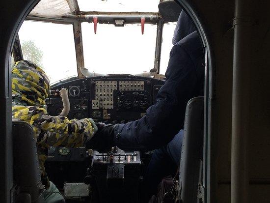 Два пилота