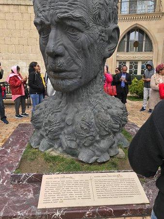"The great Poet and Gazel writer "" Aliaga Vahid"