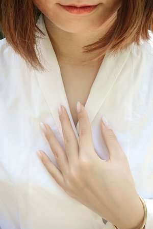 white ombre nail art