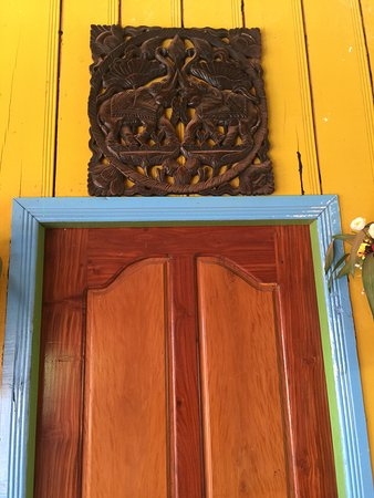 Angkor Family Homestay: room entry