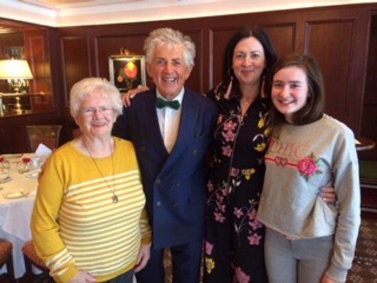 Noel Cunningham and the Ladies