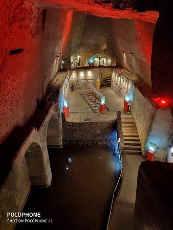 Galleria Borbonica Entrance Ticket: Standard Route: Un ambiente veramente suggestivo!