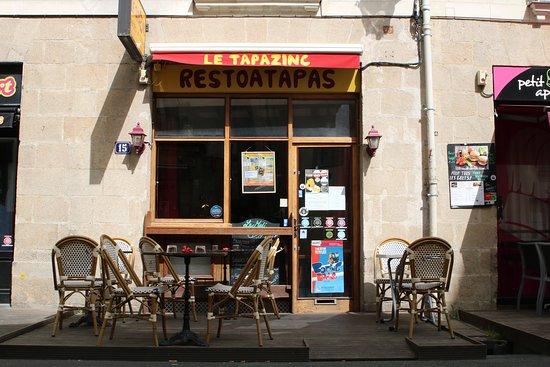 Le Tapazinc: Le restaurant et sa terrasse.