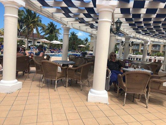 Iberostar Laguna Azul: Fantastic pool side service!!!