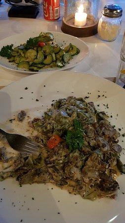 PEPeNERO Cucina Italiana: Pappardelle Verdi ai Funghi and zucchini side