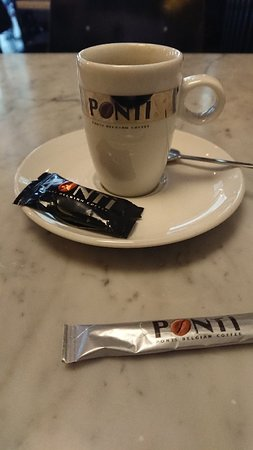 Foto de Cafe Charbon, Bruselas: Great bar - Tripadvisor