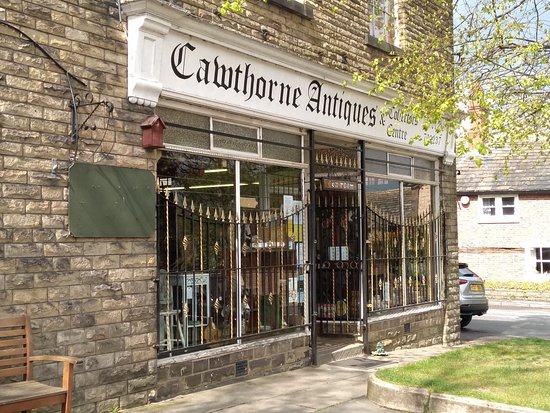 Cawthorne Antiques & Collectors Centre