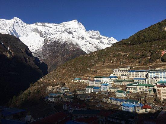 Everest Base Camp Trekking: Morning at Namche