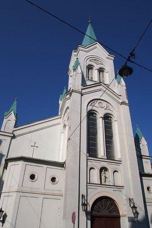 Our Lady of Sorrows Church: 教会外観