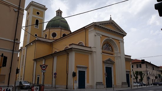 Parrocchia di Santa Maria Lauretana