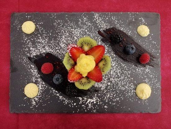 Il Casaletto del Bambagioni: Cestino di pasta frolla con crema e frutta