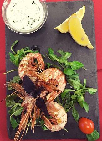 Il Casaletto del Bambagioni: Gamberi arrosto con salsa yogurt al basilico nero!