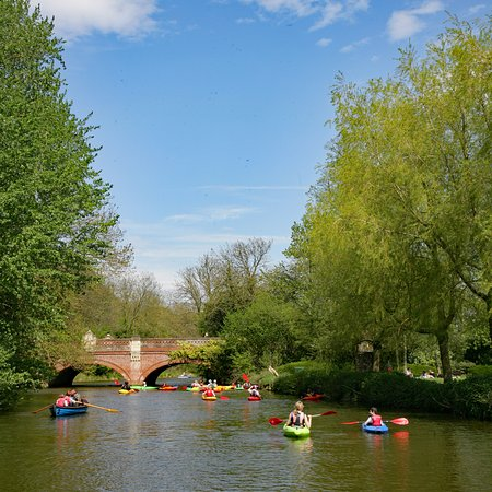 Leam Boat Centre: Summers day on the Leam