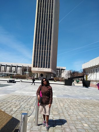 Governor Nelson A. Rockefeller Empire State Plaza: LA GRAND TOUR