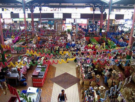 Tahiti Eden Tours: Papeete market